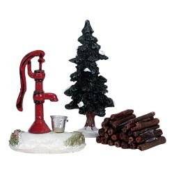 Water Pump, Tree & Firewood Set of 3 Cod. 34953