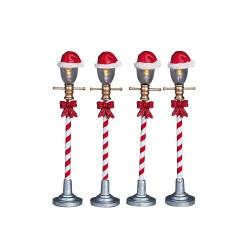 Santa Hat Street Lamp Set Of 4 B/O (4.5V) Cod. 64472