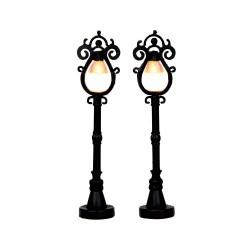 Parisian Street Lamp S/2 B/O (4.5V) Cod. 44757