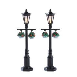Old English Lamp Post Set of 2 B/O 4.5V Cod. 74231