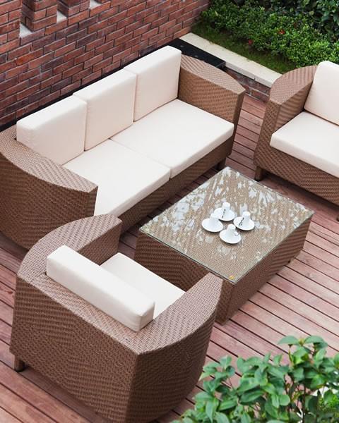 Tutto quello che ti serve per gestire i tuoi spazi in giardino.